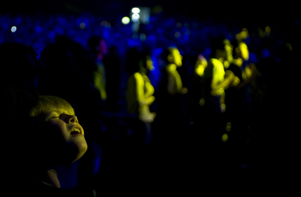 A young boy is filled by the spirit during a revival in London. © Damaso Reyes